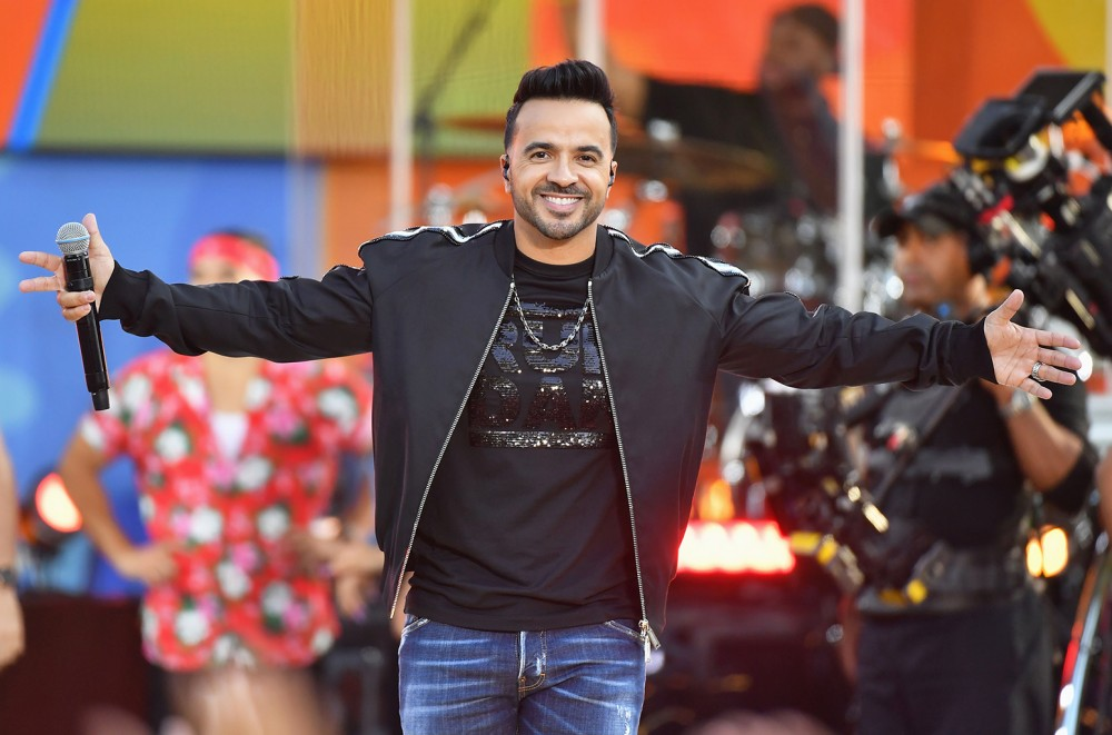 Luis Fonsi To Join Spain S La Voz As Coach