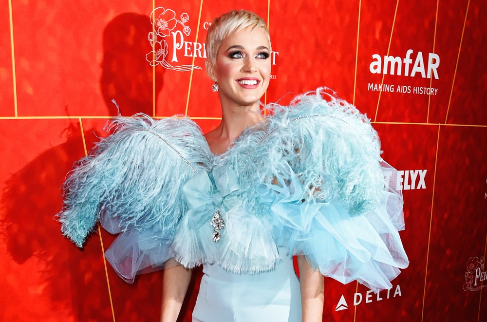 Katy Perry's 'Cozy Little Christmas' Hits No  1 on Adult